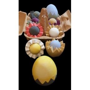 Customizable egg (top, bottom, yolk)