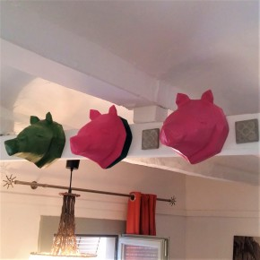 Bear decorative head in origami style