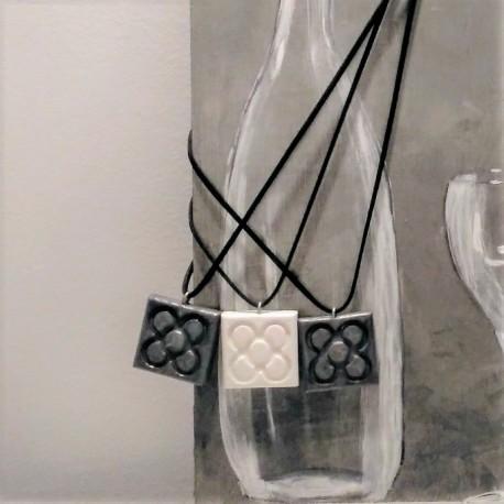 Collar Flor de Barcelona, Panot grande, resina cerámica