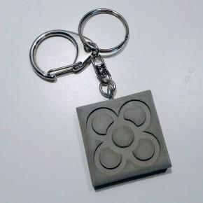 Porte-clés avec grand pendentif Panot en résine céramique, Barcelone