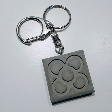 Key chain with Panot pendant in ceramic resin, Barcelona