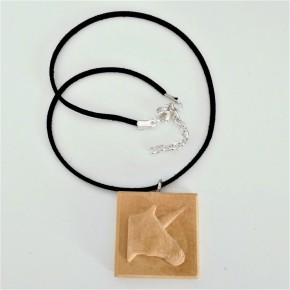 Collar ajustable con colgante unicornio, en resina cerámica