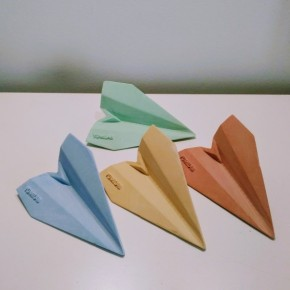 12 customizable origami airplanes