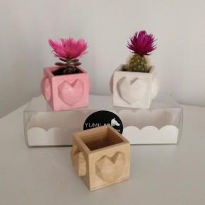 3 mini pots cubiques coeurs