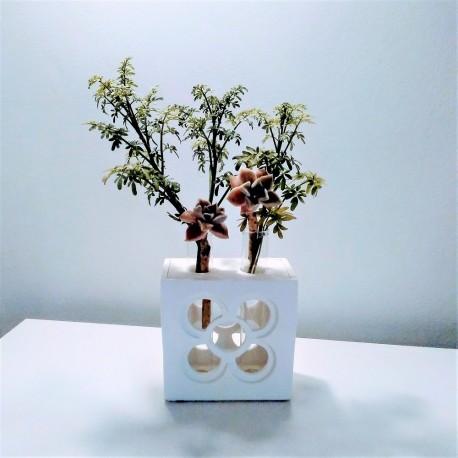 Maceta calada doble florero Panot flor de baldosa de Barcelona