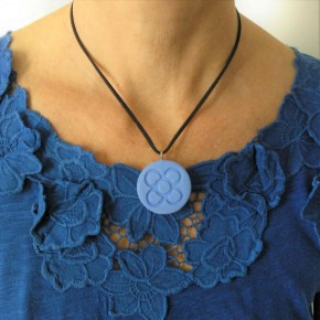 Necklace round Flower of Barcelona, large Panot in ceramic resin