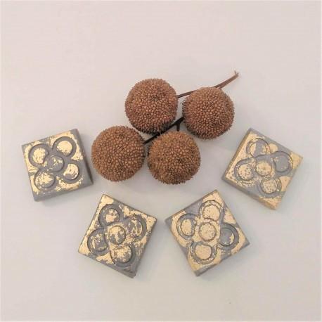 4 Mini imanes Panot con acabado metal dorado