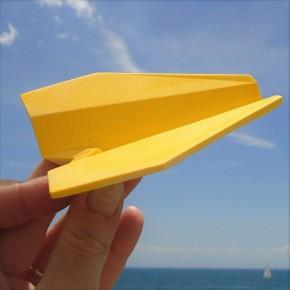 Avión origami personalizable con punta cuadrada
