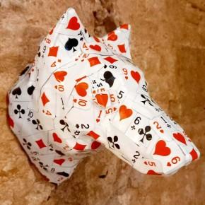 Cabeza decorativa de Lobo collage cartas