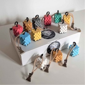 12 stairway tablecloth weights
